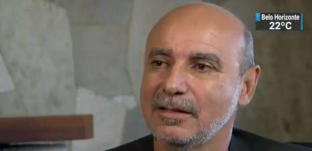Ex-assessor de Flávio diz que dava 2/3 do salário a Queiroz