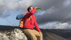 Nova moda nos EUA, 'água crua' é vendida a US$ 37 a garrafa