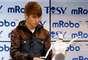 Sólo con subir un video a YouTube, Justin Bieber dio un paso a la fama. Usher y Will Smith lo contactaron para lanzarlo al estrellato. Se convirtió en un fenónemo musical gracias a su ahora manager, Scooter Braun.