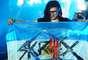 Tiene apenas 24 años, y ni un solo larga duración editado, pero Sonny John Moore, más conocido como Skrillex, revolucionó al ambiente de la música electrónica en el último año. Skrillex deslumbró en su primera visita a Argentina con dos shows en Buenos Aires. Lista de temas de Skrillex en Groove: Calling Your Name, Scary Monsters and Nice Sprites VIP, Welcome to Jamrock, Tarantula [Pendulum], Breakn' a Sweat, Right In, Right on Time, Levels (cover de Avicii), Kill The Noise [Alvin Risk Remix], Promises [Skrillex and Nero Remix] (cover de Nero), Booty Clap, The Devil's Den, Kill EVERYBODY, Internet Friends (cover de Knife Party), Weekends (Ft. Sirah), Rock N' Roll (Will Take You to the Mountain), Ruffneck (FULL Flex), Reptile, Bass Cannon, (cover de Flux Pavilion), Kyoto, Bangarang, Summit, Must Be The Feeling [Kill The Noise Remix] (cover de Nero), First of the Year (Equinox), With You Friends (Long Drive Mix), Cinema (cover de Benny Benassi) y Scary Monsters and Nice Sprites.