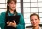 """Heidi Golledge, directora ejecutiva de CareerBliss, que hizo el trabajo para Forbes, explicó: """"Desde que pasamos más horas trabajando que en cualquier otra actividad, la felicidad en nuestro empleo se convirtió en un factor fundamental de nuestra felicidad total"""". En la sexta colocación del ranking quedó asistente administrativa."""