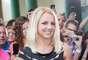 Britney escogió un conservador vestido negro, algo entallado al cuerpo.