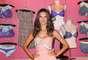 """Alessandra Ambrosio voltou à boa forma apenas três meses depois de dar à luz Noah, em maio de 2012. Tenho feito muito pilates e ioga, além de cardio, quando consigo. É um mix de várias coisas além de, claro, manter a alimentação o mais saudável possível"""", disse ao site Fashionista"""