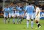 Sporting Cristal empató a un gol con Universitario de Deportes en el Estadio Nacional, en un choque adelantado por la fecha 36. Álvaro Ampuero anotó para los cremas y Juan Carlos Mariño igualó de penal. El juez Iván Chang fue el más criticado por ambas equipos.