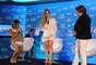 Mesmo mostrando boa forma em uma combinação totalmente branca composta por blazer e vestido curtinho YSL, Wanessa confessou que ainda não está totalmente satisfeita com o corpo