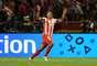 El colombiano Radamel Falcao García aprovecha su buen momento con el Atlético de Madrid para asumir la cuarta posición, con 12 goles con el equipo español y sólo tres representando a su país.