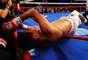"""Danny García conectó de izquierda a Erik """"El Terrible"""" Morales y lo mandó a la lona en el cuarto round, para vencer al mexicano de manera estrepitosa."""
