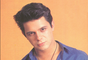 Alejandro Sanz is one of Latin pop's most revered artists and this December 6th he'll debut his first online streaming concert on Terra Live Music! Gear up for the special event with some career-spanning pics that show the Spanish crooner from his baby-faced beginnings to more recent mature and handsome look.