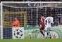 Brasileiro Alexandre Pato marcou terceiro gol do Milan aos 45min do segundo tempo