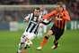 La Juventus buscó el triunfo desde el principio. El Shakhtar, lejos del desparpajo que lo llevó con antelación a los octavos de final, ofreció un fútbol contemplativo.