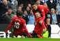 Wayne Rooney comemora gol no primeiro tempo da vitória do Manchester United