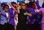 """Global: 2. Gangnam Style - Vinda da Coreia, a dança sensação do YouTube """"Gangnam Style"""", do cantor PSY, ganhou o mundo, colocando o coreano no primeiro lugar em vários países e fazendo sua música ser a segunda nas tendências de busca de 2012. O vídeo de PSY tornou-se o mais visto da história no YouTube"""