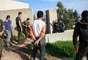"""Munar explica que llegó a Siria porque """"nunca he podido ver cómo mataban a niños sin revolverme en el sofá"""", aunque reconoce que su labor en el conflicto sirio le da la """"posibilidad de aumentar mi curriculum profesional y poder mantener a mi familia""""."""