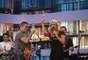 No programa, regado a muito champagne, Marchiori se divertiu também com a banda do programa, o Ultraje a Rigor