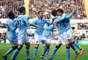 Com gols de Agüero, Javi García e Yaya Touré, o Manchester City bateu o Newcastle por 3 a 1, fora de casa, e seguiu a perseguição ao líder Manchester United no Campeonato Inglês
