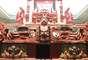 Em Copán, encontra-se o Templo de Rosalila, com 14 metros de altura. Seu nome faz referência à cor rosada da pedra em que foram esculpidos seus detalhes