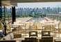 Hotel Unique, São Paulo: desde sua inauguração em 2003, o hotel Unique se firmou como um dos mais reputados de São Paulo. E entre os destaques do hotel, encontra-se o restaurante Skye, localizado na cobertura, com um belo visual sobre a cidade e pratos refinados elaborados pelo chef Emmanuel Bassoleil