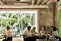 Com ambiente agradável e acolhedor, o restaurante Santaella, localizado em Porto Rico, é uma das melhores opções para se comer ostras e frutos do mar diversos