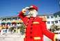 En Abril del 2013 abrirá sus puertas el Hotel Legoland, dentro del Legoland Resort en California, prometiendo crear un espacio lleno de aventuras para familias de todo el mundo.