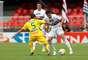 Ganso participou do lance do primeiro gol, mas teve atuação discreta