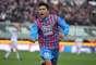 Com um gol no fim da partida, o Catania conseguiu superar o de virada a equipe da Fiorentina. Luis Castro marcou o gol do triunfo dos mandantes aos 43min do segundo tempo