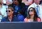 Atriz britânica Elizabeth Hurley acompanha Aberto da Austrália ao lado do marido, Shane Warne, australiano ex-jogador de críquete