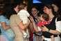Depois das sessões, as mães se reúnem para um bate-papo