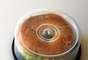 ¿Amante de los bagels? Olvídate de los tuppers, con una vieja caja de cds (limpia, por supuesto), podrás llevarlos a tu trabajo.