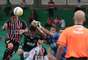 O goleiro Juliano, do Guarani, saiu mal do gol, e Aloísio cabeceou para o gol. O atacante tinha acabado de perder outra grande chance de cabeça