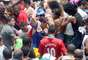 Público enfrenta tumulto durante passagem no bloco Cordão da Bola Preta, no Rio