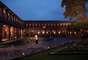 Hotel Monasterio, Cusco, PeruConstruído num antigo edifício religioso de 1595, o Hotel Monastério é um dos mais bonitos da cidade de Cusco, antiga capital do império inca no coração dos Andes peruanos. Diárias a partir de R$ 670
