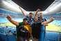 Torcedores do Grêmio foram à Arena, fizeram festa na vitória e homenagearam o atacante Hernán Barcos