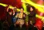 En una noche llena de música y talento colombiano se llevaron a cabo los Premios Nuestra Tierra 2013. Los mejores exponentes musicales del país en sus respectivos géneros acudieron a la cita con su mejor actitud y energía. Aquí los mejores momentos de la ceremonia realizada en el Palacio de los Deportes de Bogotá.