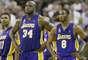 Kobe y Shaq: Durante siete años, coexistieron, a través de tres campeonatos consecutivos de la NBA. Pero Kobe Bryant quería que el centro de atención y Shaquille O'Neal no estaba dispuesto a darse por vencido, por lo que comenzó una guerra fría entre los dos jugadores, que casi llegaron a las manos. Los Lakers finalmente eligieron a Kobe sobre Shaq, a quien transfirieron a Miami en 2004. Pero, ¿cuántos títulos podrían haber ganado juntos si hubieran mantenido sus egos descomunales por fuera?