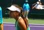 Tenista americana Lauren Davis protagonizou cena curiosa neste domingo, no Premier de Miami, ao levar uma picada de vespa no bumbum no meio de uma das partidas
