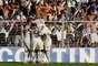 O Corinthians garantiu neste domingo a classificação para a semifinal do Campeonato Paulista ao golear a Ponte Preta por 4 a 0 no Estádio Moisés Lucarelli