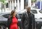 Después de sus vacaciones en Grecia, Kim Kardashian viajó a París para reencontrarse con su amado Kanye. La pareja se fue de compras a las boutiques más exclusivas de la ciudad.