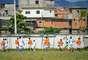 Garotos jogam futebol na Fábrica de Talentos Furacão, comandada pelo ex-jogador Jairzinho, tricampeão do mundo com a Seleção em 1970