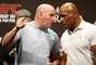 Mike Tyson é amigo de Dana White e fã assumido de MMA. Ele já foi visto em diversos eventos organizados pelo UFC, mas nunca tinha comparecido a uma pesagem