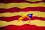"""Barcelona é a capital da comunidade autônoma da Catalunha e possui uma língua própria: o catalão, que, vulgarmente, pode ser considerado espécie de """"castelhano afrancesado"""". Trata-se de um idioma latino, que reúne características marcantes de espanhol e francês, além de elementos de português e italiano. Neymar, se quiser levar para a Catalunha o lema """"ousadia e alegria"""", não terá que fazer muitas adaptações à frase. Em catalão, poderá dizer """"audàcia i alegría"""""""