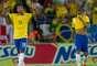 Segundo gol do Brasil foi marcado pelo volante corintiano Paulinho