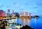 Miami (EUA): quem não quer fazer compras em Miami, ou curtir uma das belas praias da região? A agência Laselva oferece pacotes de 4 noites, entre os dias 5 e 10 de julho, por a partir de R$ 3.714,87 (por pessoa). O pacote inclui transporte aéreo (ida e volta), quatro noites de hospedagem em apartamento duplo, com café da manhã. Informações e reservas: (11) 3355-2355 e 0800 770 2370