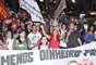 Após uma assembleia, os manifestantes saíram em passeata pela avebida Paulista e desceram a rua Augusta no sentido praça Roosevelt