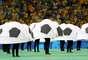 Antes de a bola rolar para Brasil e Espanha, na grande final da Copa das Confederações, o Estádio do Maracanã foi palco da Cerimônia de Encerramento do torneio