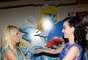Na pré-estreia de 'Smurfs 2', na Califórnia, Katy Perry - que faz a voz de Smurfette - chegou acompanhada da avó, enquanto Britney Spears, que tem uma música na animação, levou os filhos Sean e Jayden