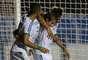 Mas os gols do Palmeiras saíram rapidamente, logo no começo do segundo tempo. Henrique marcou o gol decisivo
