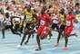 Com o astro Usain Bolt fechando a prova e abrindo larga distância para o americano Justin Gatlinna última parcial, a Jamaica fezo tempo de 37s36