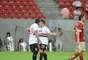 São Paulo venceu Náutico por 1 a 0 com gol de Aloísio para ficar perto de sair da zona do rebaixamento
