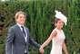 El Cordobés y su mujer, Virgina Troconis, que ha elegido el tono rosa empolvado tanto para su vestido como para sus complementos.