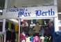 O espaço oferece roupas de qualidade a preços bastante acessíveis
